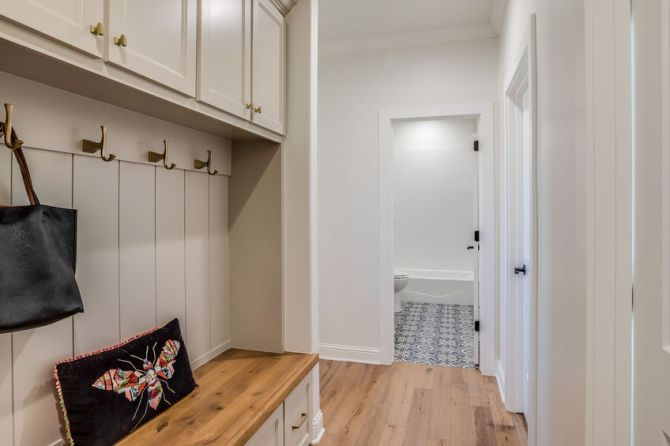 The 3 Best Types of Flooring for Your Mudroom