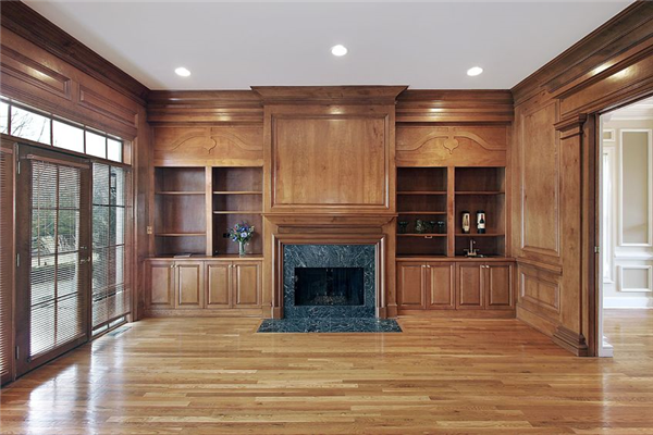 How to Decide Between Carpet and Hardwood Flooring For Your Home