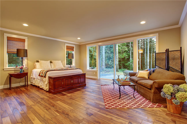 Best Hardwood Floors For High-Traffic Areas